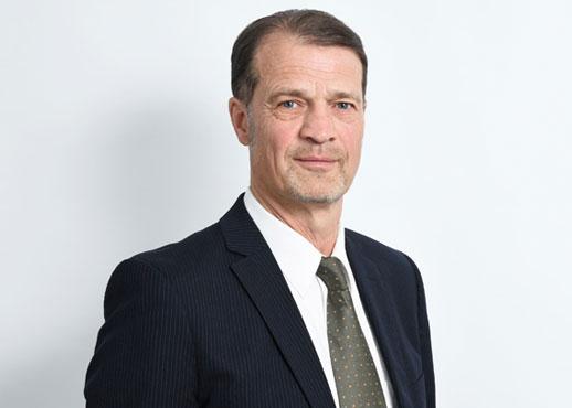 Dr.-Ing. Stefan Junge
